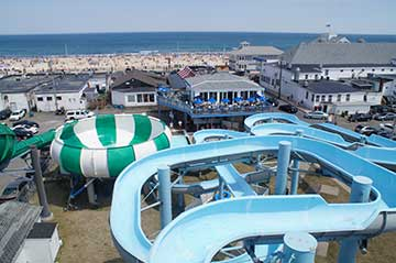 The Hampton Beach Boardwalk Is Super Affordable And Has Tons Of Attractions Ideal Spot For Any Adventure From Buc S Lagoon Mini Golf