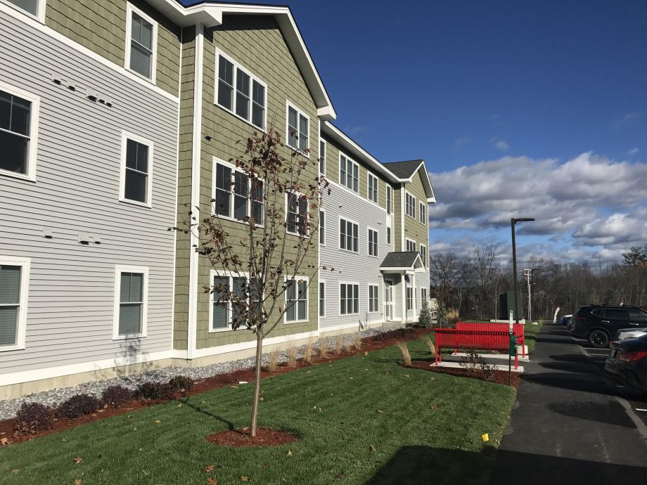 Furnished Apartments at The Ridge in Milford