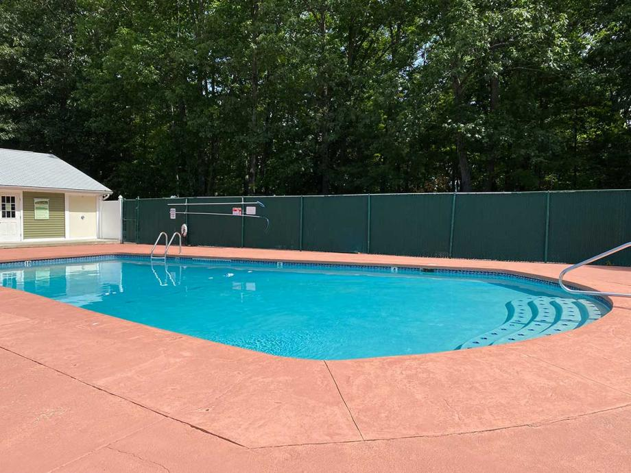 Pool at Milford Trails