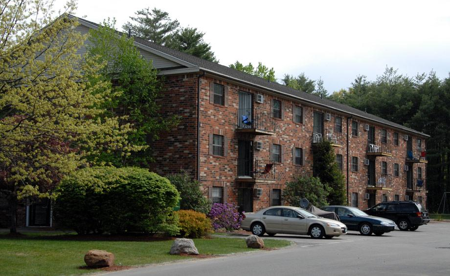 Laconia Apartments